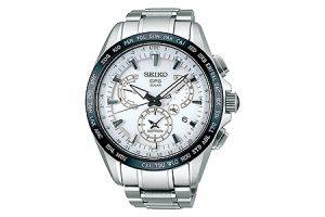 アストロン デュアルタイム047腕時計