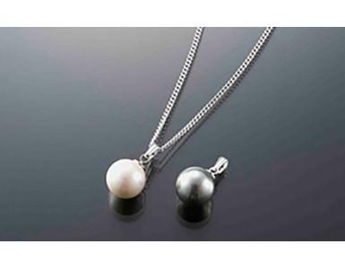 大粒「貝パール ホワイト・グレー&磁気ネックレス」3点セット  イメージ