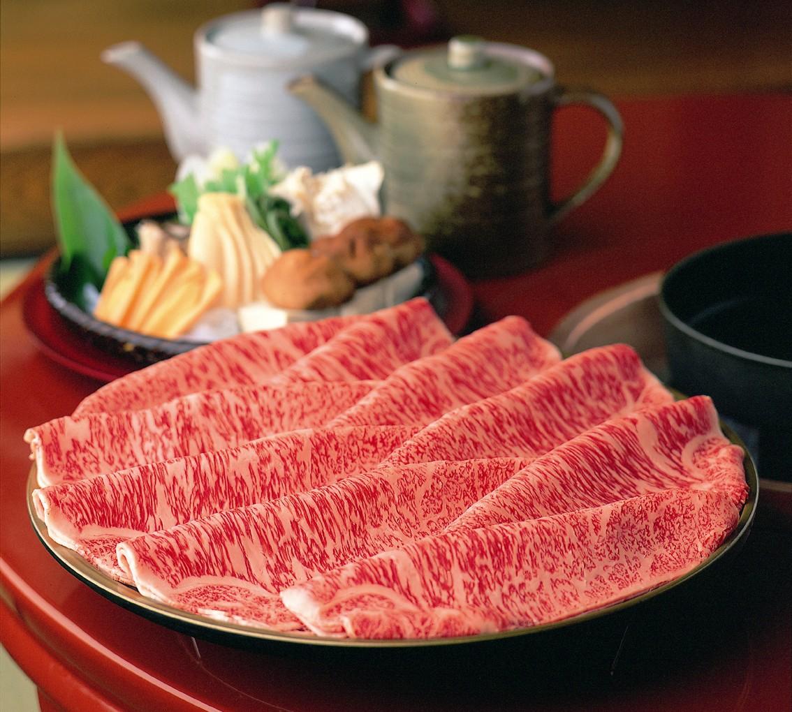 柿安本店(料亭) 松阪牛すき焼(又はしゃぶしゃぶ)【ペアお食事券】