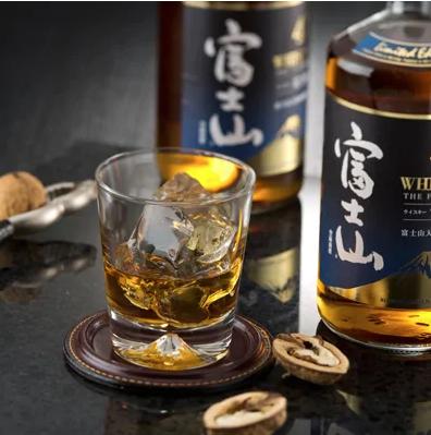 山梨県富士吉田市 富士山ウイスキー 2本セット イメージ
