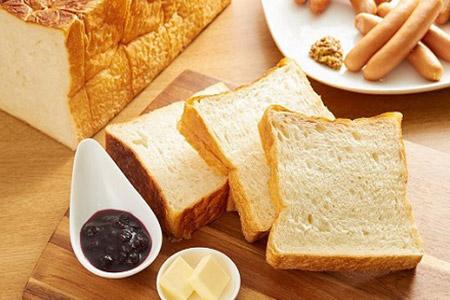 3日経っても「ふんわりやわらか」こだわり食パン1本(3斤分) イメージ