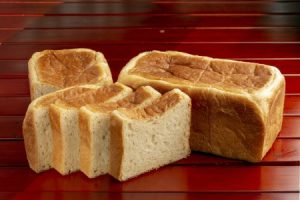 碧南から世界に発信 ドゥークーの和の食パン醸造&ピザ